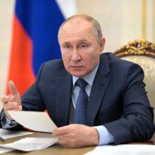 V. Putinas paskiepytas antrąja vakcinos nuo COVID-19 doze