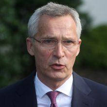 J. Stoltenbergas: NATO pasirengusi ginti sąjungininkus nuo Minsko ir Maskvos