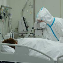 COVID-19 atvejų skaičius pasaulyje viršijo 175,6 mln., mirė beveik 3,8 mln. užsikrėtusiųjų