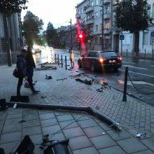 Po eismo įvykio Kauno centre nebeliko šviesoforo