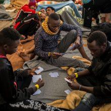 Po gaisro Atėnai žada į Turkiją sugrąžinti 10 000 migrantų
