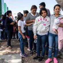 JAV leis neribotam laikui sulaikyti migrantų vaikus