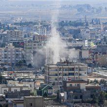 D. Trumpas: Sirijos kurdai gali paleisti IS kalinius