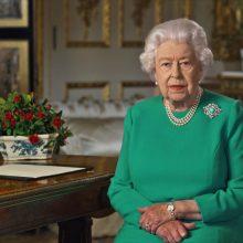 Karalienė Elžbieta II kreipėsi į tautą dėl koronaviruso krizės: mes ją įveiksime