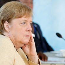 A. Merkel pasisako už pragmatišką sprendimą dėl Šiaurės Airijos