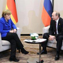 Minint nacių įsiveržimo į Sovietų Sąjungą 80-ąsias metines A. Merkel paskambino V. Putinui