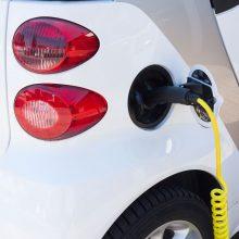 Įmonėms bus kompensuojama dalis išlaidų už įsigytus naujus elektromobilius