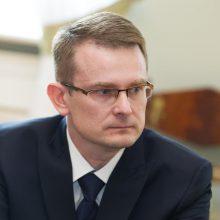 Prievolė nesiskiepijusiems darbuotojams mokėti už testus Seime sulaukė pirmo pritarimo