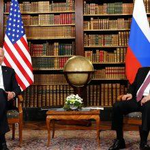 V. Putinas: Rusija pasirengusi tęsti dialogą, jei to norės JAV