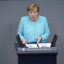 A. Merkel: ES privalo siekti tiesioginių kontaktų su V. Putinu