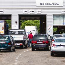 Pasiūlymai dėl automobilių techninės apžiūros – lyg pagaliai į ratus