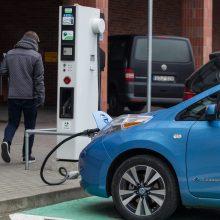 Dyzelinio automobilio padanga elektromobiliui netinka