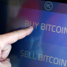 Kriptovaliutos krenta į visišką dugną