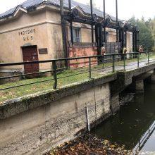 Padysnio hidroelektrinė tvenkinį baigia paversti dumblina bala
