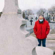 PSO: mirčių nuo COVID-19 skaičius Europoje artėja prie milijono