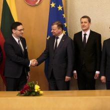 """Vyriausybė pasirašė bendradarbiavimo deklaraciją su Lenkijos """"Orlen"""""""