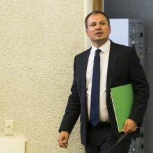 G. Surplys pažadėjo tirti institucijų perkėlimo į Kauną poveikį