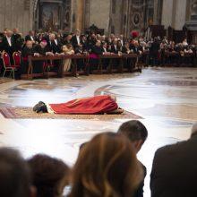 Popiežius dalyvavo Didžiojo penktadienio liturgijoje