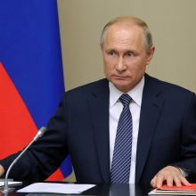 V. Putinas ragina JAV derėtis dėl naujos branduolinių pajėgų sutarties