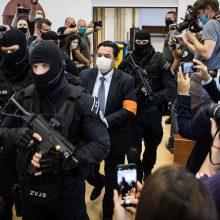 Slovakijos teismas išteisino žurnalisto nužudymo byloje kaltintą verslininką