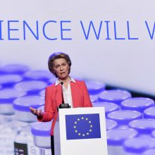 U. von der Leyen: visiškai paskiepyti jau 100 mln. ES gyventojų