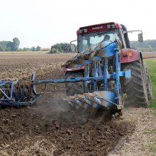 Ukmergės rajone traktorininkas pareigūnams davė kyšį
