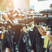 Pasaulyje nuo koronaviruso jau mirė daugiau kaip 700 žurnalistų