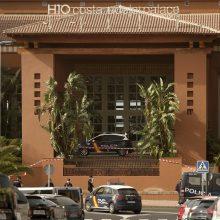 Tenerifėje 1000 žmonių įkalinti viešbutyje: italui nustatytas koronavirusas