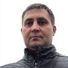 Vilniaus policija prašo atpažinti vyrą, iš moterų išviliojantį pinigus