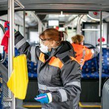 Vilniečiai grįžta į viešąjį transportą: aktuali informacija keleiviams