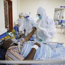 """PSO: naujų COVID-19 atvejų kreivė Afrikoje """"labai, labai neramina"""""""