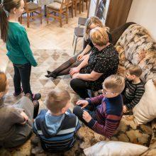 Be tėvų globos likusių vaikų šeimynoms – sostinės savivaldybės dovana