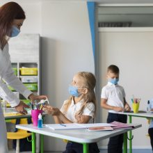 A. Monkevičius: COVID-19 plitimas mokyklose kelia nerimą