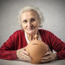 Seimas pritarė pensijų indeksavimo pokyčiams: pensijos turėtų didėti vidutiniškai 34 eurais