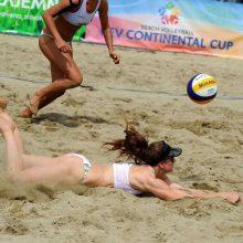 Prasidėjo paplūdimio tinklininkų kovos dėl patekimo į Tokijo olimpines žaidynes