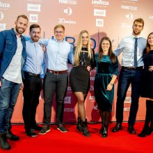 """Pramogų pasaulio garsenybės rinkosi į lietuviško filmo """"Širdys"""" premjerą"""