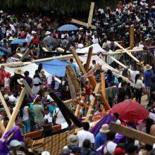 Šimtai tūkstančių žmonių dalyvavo Didžiojo penktadienio procesijoje Meksike