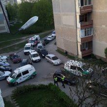 Kruvinas konfliktas Kaune: vyras ligoninėje, moteris – sulaikyta