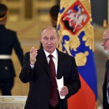 V. Putinas dėl amžiaus atleido Kremliaus žmogaus teisių tarybos vadovą