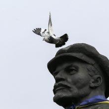 Ukraina: Lenino paminklas parduotas už 15,2 tūkst. dolerių