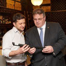 V. Zelenskis prašo Lietuvos tęsti paramą Ukrainai