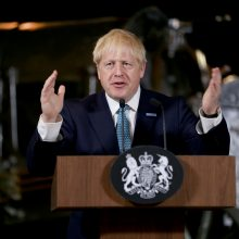 """B. Johnsonas atmetė ES abejones dėl jo naujojo """"Brexit"""" plano"""