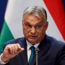 Vengrijos vyriausybė V. Orbanui suteiktus specialius įgaliojimus atšauks birželį