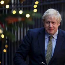 """B. Johnsonas paragino Britaniją uždaryti """"Brexito"""" klausimą ir judėti toliau"""