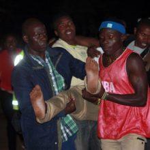 Per masinę paniką Kenijos mokykloje žuvo 13 vaikų