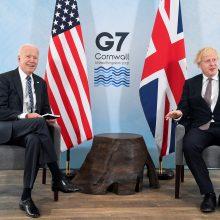 J. Bidenas ir B. Johnsonas susitiko G-7 susitikimo išvakarėse