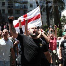 Tbilisio centre LGBT priešininkas peiliu sužalojo užsienietį