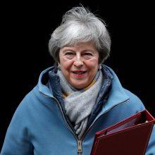 """Th. May pristatė """"Brexit"""" atsarginį planą, nedaug tesiskiriantį nuo ankstesnio"""