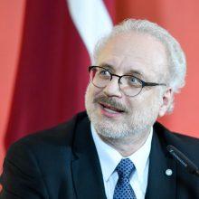 Latvijos prezidentas: šiuo laikotarpiu žiniasklaidą paremti būtina