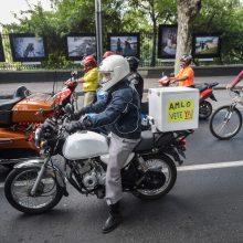 Meksika po dviejų mėnesių karantino švelnina apribojimus